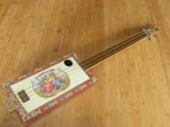 La aroma de cuba Acoustic Cigar Box Guitar - Saner Cigar Box Guitars