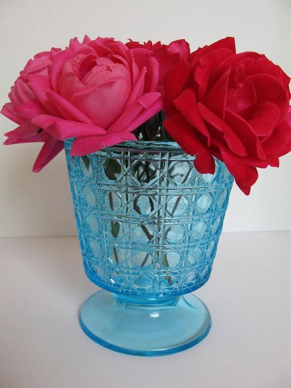 Vase Vintage Footed Glass Turquoise Aqua Bleu Blue