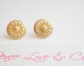 Vintage Nautical style earrings, vintage button earrings, gold and white vintage earrings, studs, bridesmaid earrings, mothers day earrings,