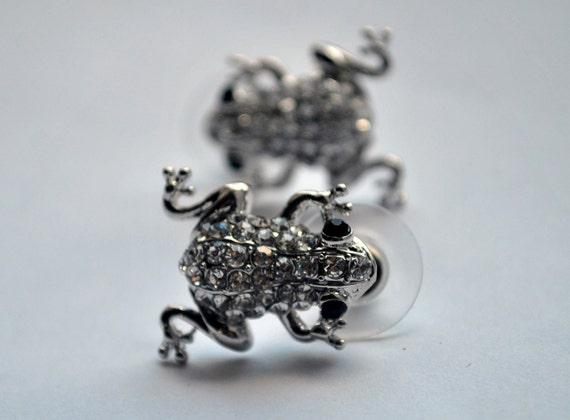 Pair of frogs silver rhinestones ribbit froggy earring studs