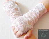 Flower Girl:  Lace Fingerless Gloves, Silver and  White Lace, Bridal Gloves,Flower Girl, Wedding, Confirmation