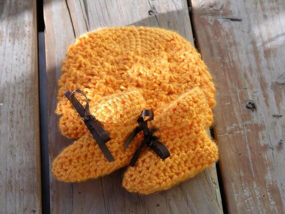 Orange Hat and booties set - baby set - preemie - newborn -infant