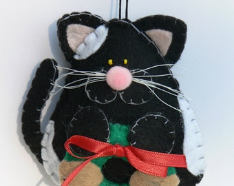 Felt Cat Ornament - Black and White