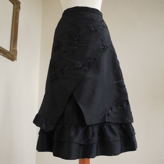 SALE SALE 1980s Taffeta Victorian Swirl and Twirl Skirt