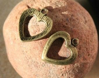 Heart Charm, 1 Cut Out Heart Charms 18 x 15 mm Antique Bronze Tone - sc486