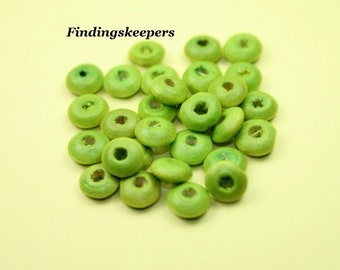 100 Green Wood Beads  6 x 3 mm   - gs012