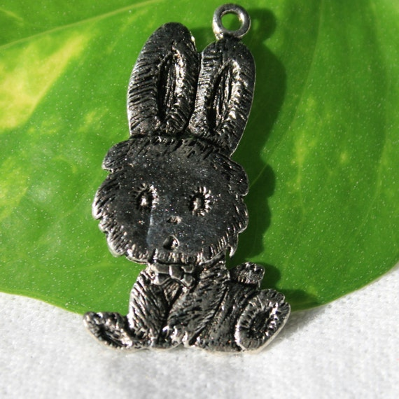2 33 x 19 mm Antique Silver Bunny Rabbit Charms TSC012