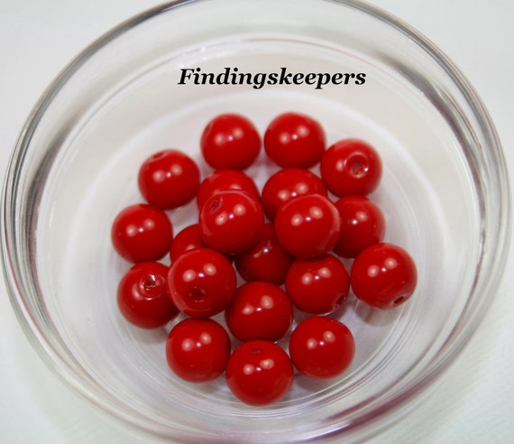 20 - 8 mm Red Glass Pearls 8b053-1