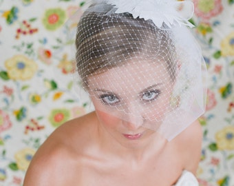 Bridal Birdcage Veil ~ Sinamay Retro Fascinator  with vintage rhinestone broach, feathers, horsehair with Illusion & Russian Veiling