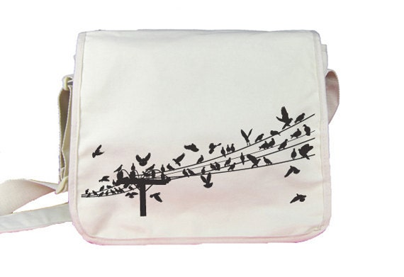 Birds - Messenger Nylon 420d bag - Unisex - White - Spacious main compartment with organizer features and flat inside pocket