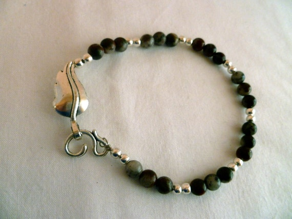 Agate and Silver Bracelet with Leaf Toggle Clasp