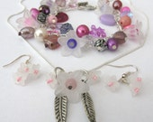 Dorothy: Set Earrings, Necklace and Bracelet, Kitsch Flowers, Purple and Pink Beads