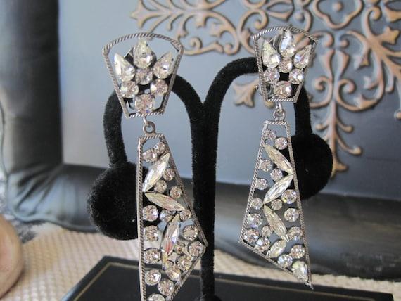 Vintage  Rhinestone Chandelier Shoulder Duster Earrings