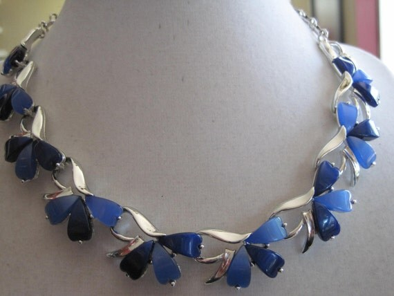 CORO Blue Thermoset Vintage Necklace