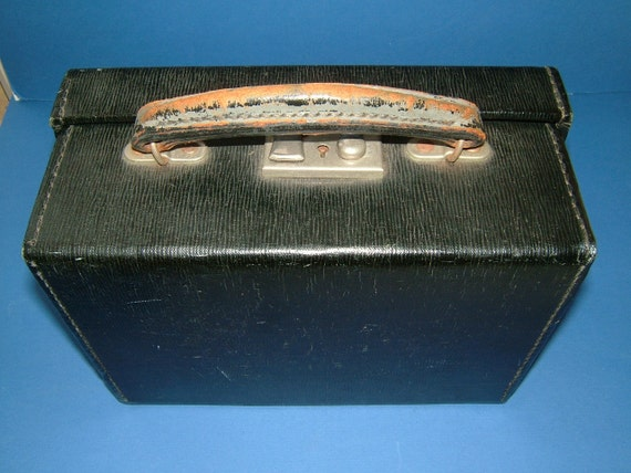 1930s King George VI Stamped Hand Case Luggage Bag with Leather Handle & English Lever Lock