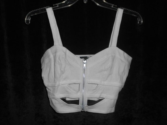 Vintage 80s Woman's, White Top, Size Large, Brand Name In Charge