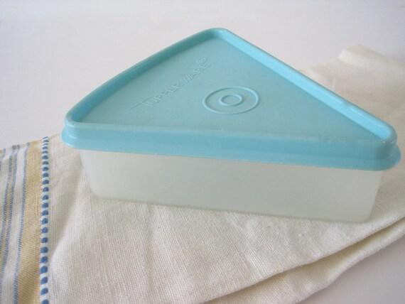 1960's Vintage Tupperware Pie Keeper