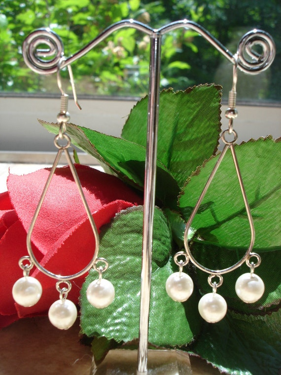 Vintage Faux Pearl Hoop Teardrop Earrings