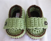 Spring Baby Boy Shoes / Loafer Green & Brown Crochet  - YOUR CHOICE size newborn - 12 months - photo prop - clothing