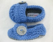 Baby Boy Shoes / Slippers / Booties Grey & Blue Button Crochet - YOUR choice size 0 - 12 months - photo prop - clothing
