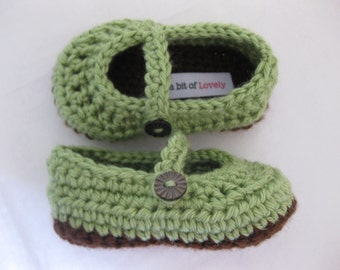 Baby Girl Infant Shoes / Slippers / Booties - Brown & Green - YOUR choice size - (newborn - 12 months) - photo prop - crochet