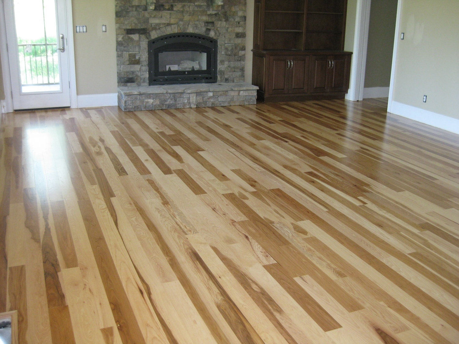 Calico hickory flooring for Hickory flooring