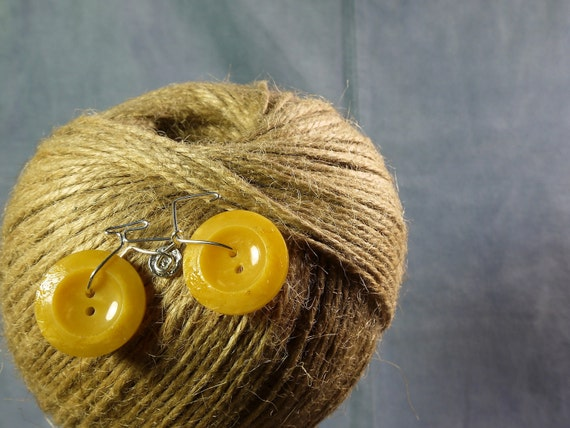 Vintage Button Bicycle Pin Brooch (mustard yellow)