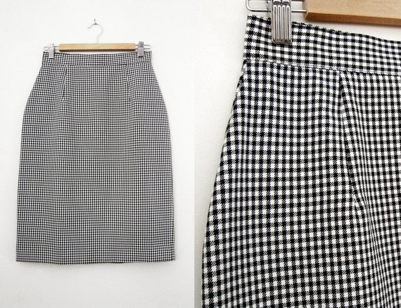 Vintage Pencil / Wiggle Skirt - Black and White Check Pattern - Size Large