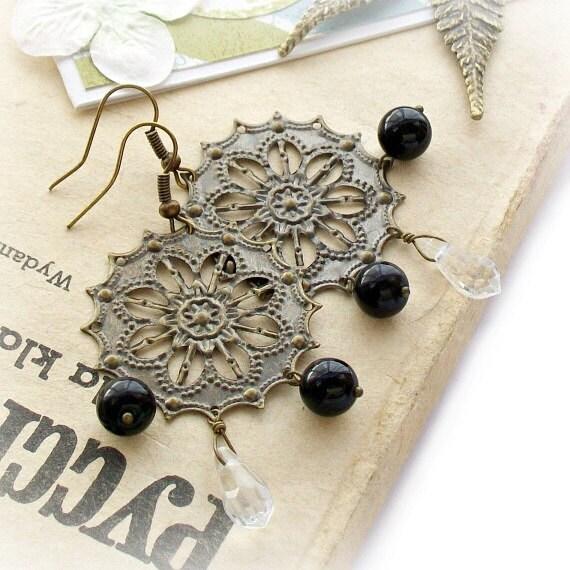 Black and white glass elegant earrings