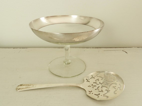 Vintage Dorothy Thorpe Silver Band Glass Compote Serving Dish Authentic Mid Century Serving