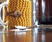 butterscotch yellow knit coffee cozy