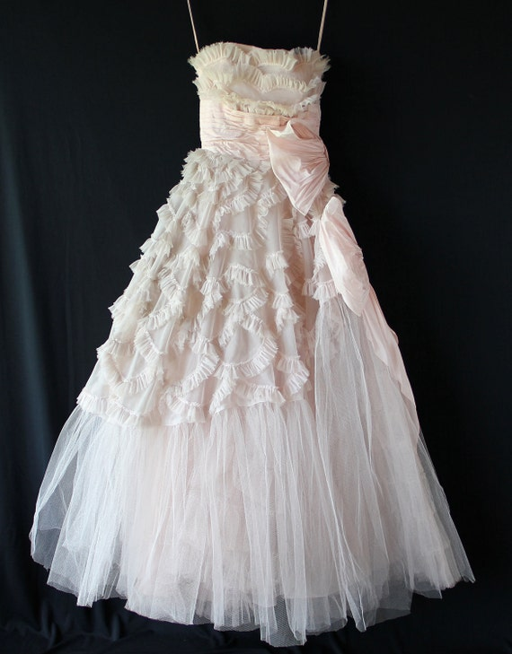 50s Prom Dress / Pale Pink Cupcake / Ruffles and Bows / Ready to Upcycle Repair or Wear