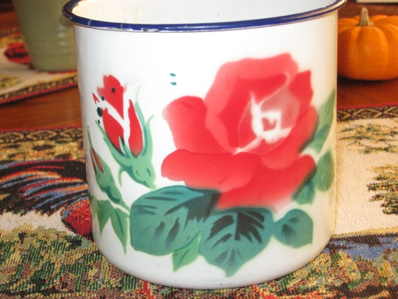 Antique Enamelware 12cm measuring cup , Marked PEACOCK, made in China, Beautiful red Rose and buds decal. Was 20.50 marked down to 18.50