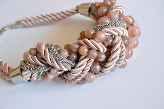 Vintage - light dusty pink necklace - glass beads, silver chain and fabric rope
