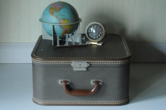 Vintage Suitcase Luggage Brown Square Suitcase Travel Overnite Bag Makeup Bag