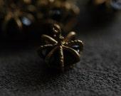 "Crown Brass & Cubic zircornia 0.31""  - 5 Pcs"