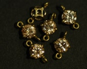 4 Pcs Vintage Brass Connector charms with a 5mm Champagne Cubic Zirconia