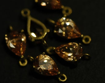 4 Pcs Vintage Brass Connector charms with 5mmx7mm champagne Cubic Zirconia