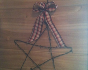 Hanging Rustic Barbed Wire Star for your garden