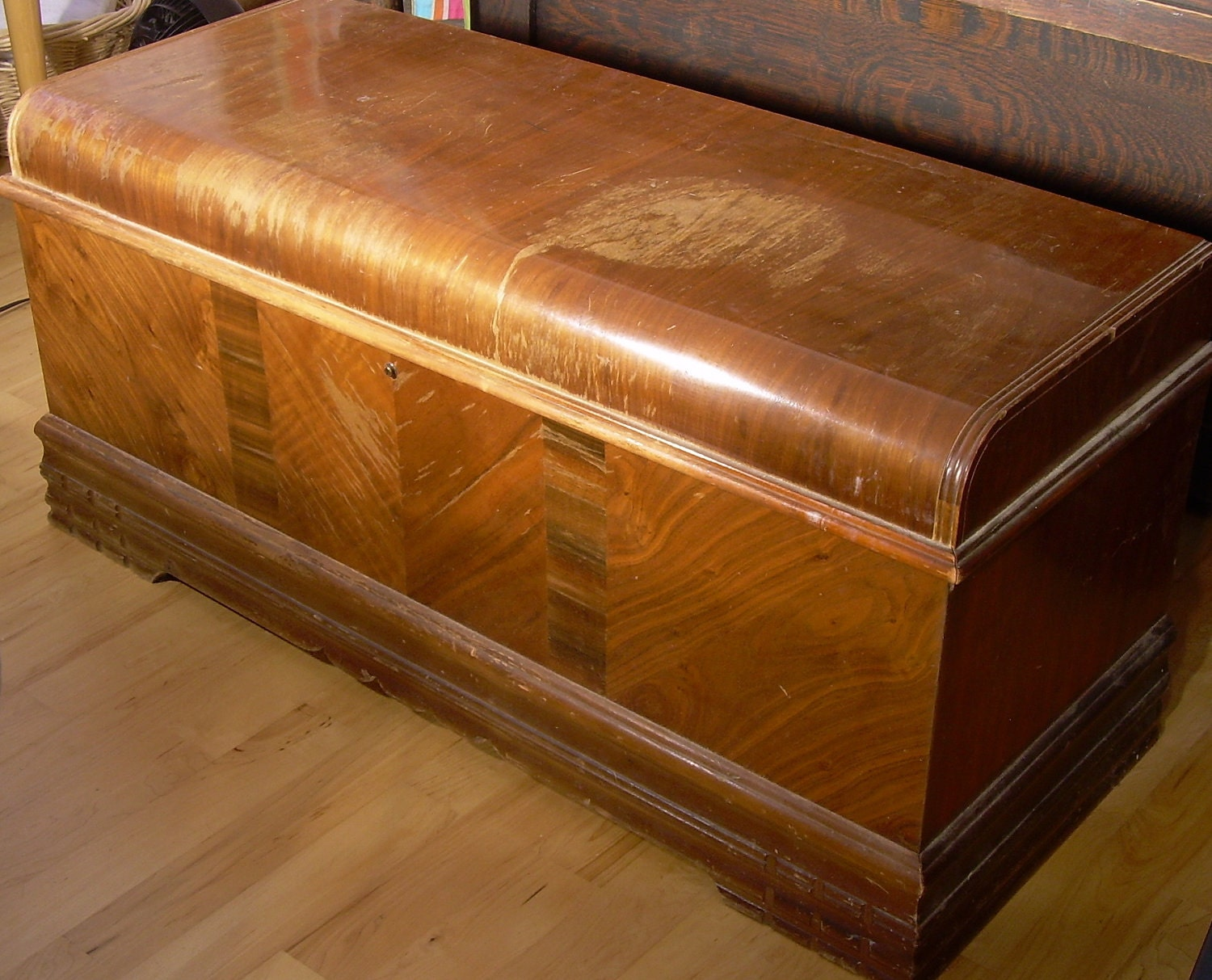 Antique Cedar Roos Sweetheart Chest Ca 1940 S