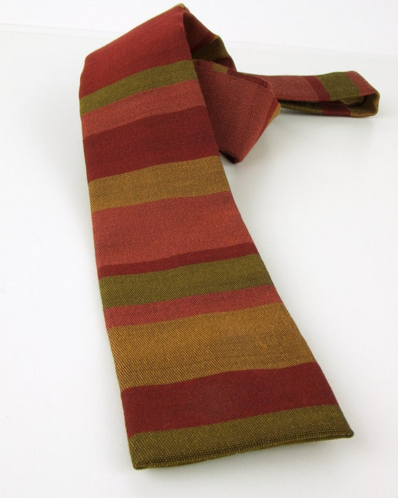 1950s-1960s Royal Asparagus Vinaigrette Square Bottom Vintage Necktie