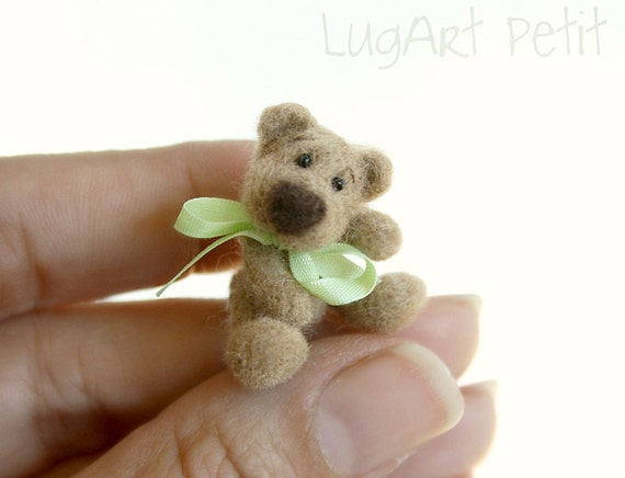 Little Hugo, miniature needle felted bear.