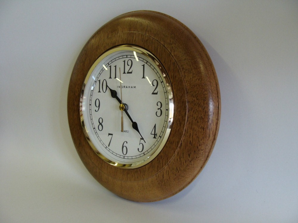 Ingraham Quartz Round Wall Clock Wooden Wall Clock Wall