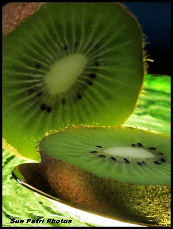 Kiwi food photography fine art photography kitchen decor for Decoration kiwi