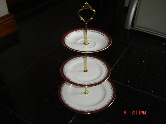Royal Albert / Paragon 3 Tier Cake Stand Tidbit Holyrood Pattern