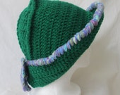 Green hat for a romantic lady.