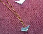 HANDMADE mother  of pearl and cat s eye rough stone  bird necklace and earing so cute lovely ONLY FREESHIPPING