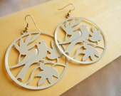 ON SALES - Singing on the Tree - Elegant Filigree in White color Earring