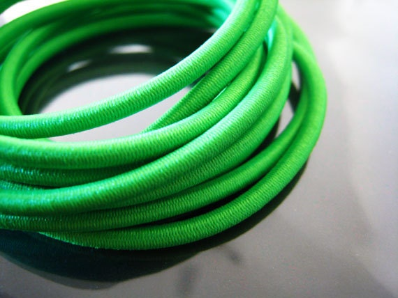 A80 - 1 Yard of 2mm Fern Green Round Stretch Elastic Drawcord Rope Cord