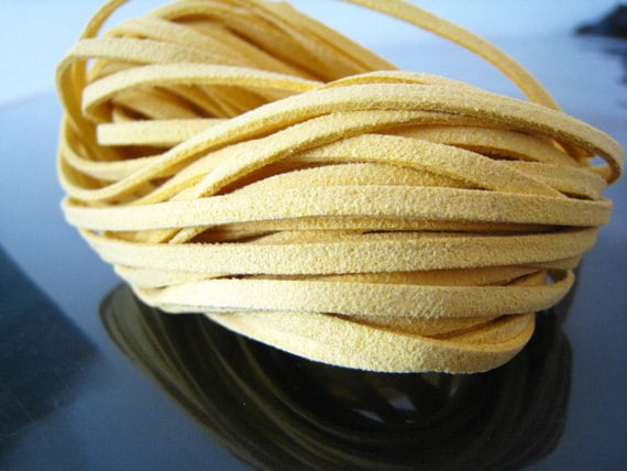 1 Yard of 3mm Light Yellow Flat Suede Lace